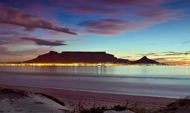 Cape town explore cape town tour peninsula robben - Robben island and table mountain tour ...
